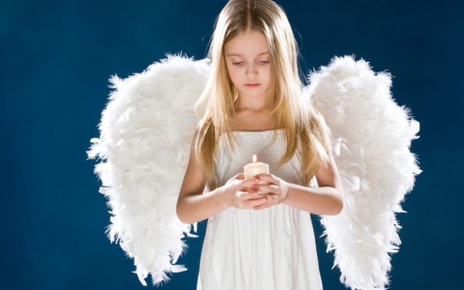 6996320-little-angel