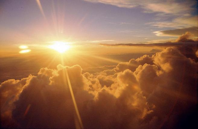 golden-rays-through-clouds
